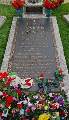 Grab von Elvis´s Presley in Graceland - Elvis Presley´s  Anwesen in Memphis, Tennessee