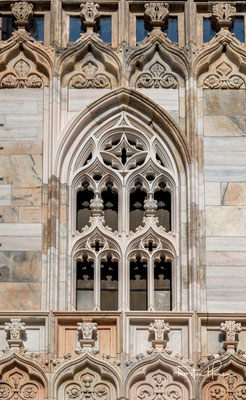 Der so benannte Glockenturm sollte der höchste Kirchturm der Welt werden und samt Geläut bis 1942 fertiggestellt sein.