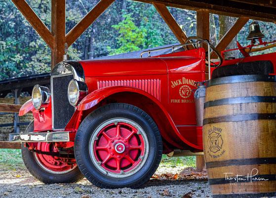 1910 führte Tennessee die Prohibition ein. Die Destillerie zog nach St. Louis in Alabama, bevor sie 1920 wegen der US-weit eingeführten Prohibition den Betrieb ganz einstellte
