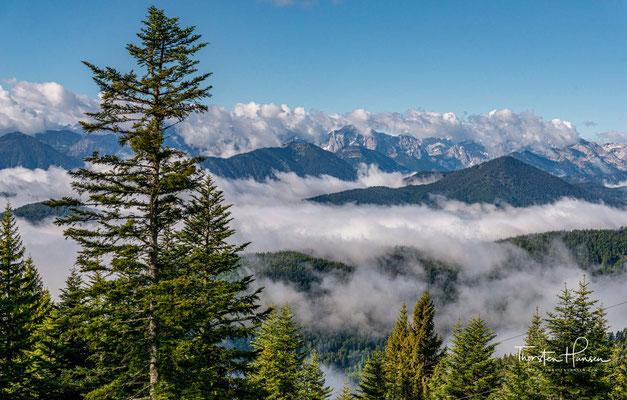 Traumhafter Blick über das Karwendel bis zur Zugspitze
