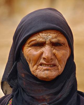 Beduinenfrau in Little Petra