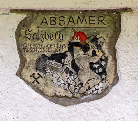 Urkundlich belegt ist eine Saline in diesem Gebiet im Jahre 1232. Der eigentliche Bergbau dürfte spätestens um 1272 begonnen haben...