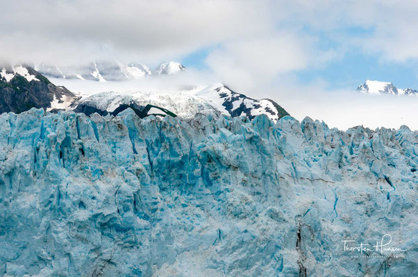 Spektakuläre Natur im Prince William Sound: hier die Eiswand des Meares-Gletschers.