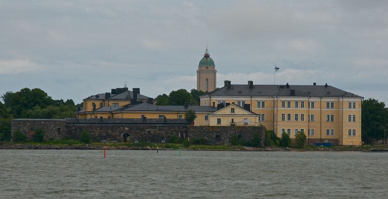 Die Festung Suomenlinna, auf fünf Inseln vor Helsinki gelegen