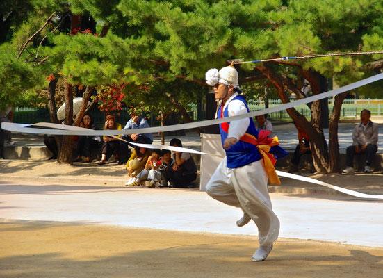 Traditioneller koreanischer Tanz in Seoul