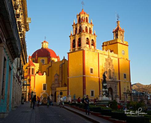 Basílica Colegiata de Nuestra Señora de Guanajuato am Plaza de La Paz