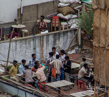 Später war Madurai Hauptstadt des kurzlebigen Sultanats Madurai und dann der Nayaks von Madurai.