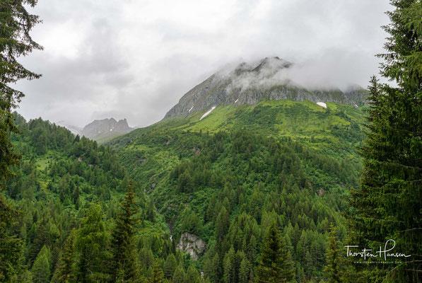 Eintausend Meter gilt es am Morgen zu überwinden, um die Gliederscharte auf 2635m Höhe zu erreichen