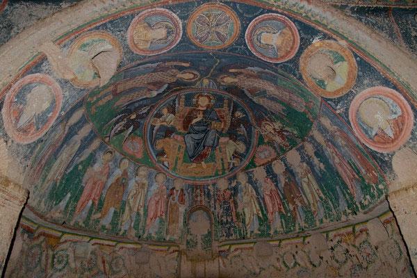 Kirche des Nekephoros Phokas im roten Tal
