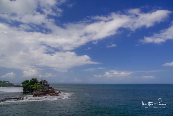 Dieser lebte auf Java und flüchtete wie viele Hindus und Buddhisten am Ende des 15. Jahrhunderts vor dem sich ausbreitenden Islam nach Bali.