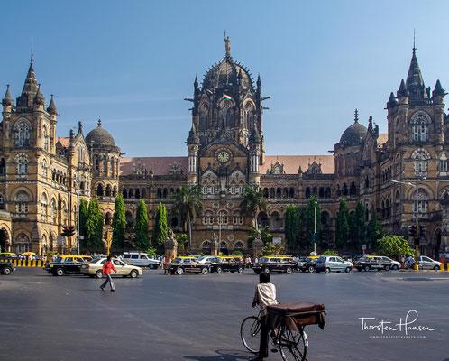 Alle Gebäude stammen aus der Zeitepoche Britisch-Indiens zwischen der zweiten Hälfte des 19. Jahrhunderts und der ersten Hälfte des 20. Jahrhunderts.