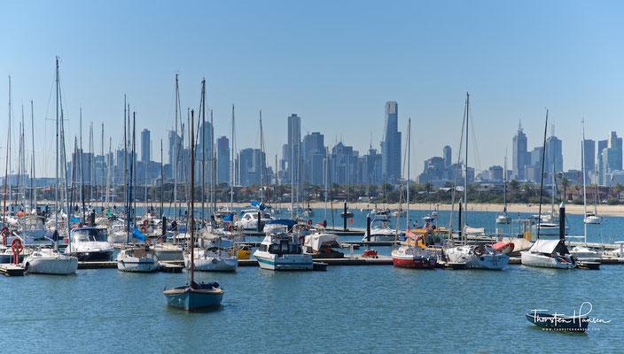 Melbournes Skyline von St. Kilda aus gesehen