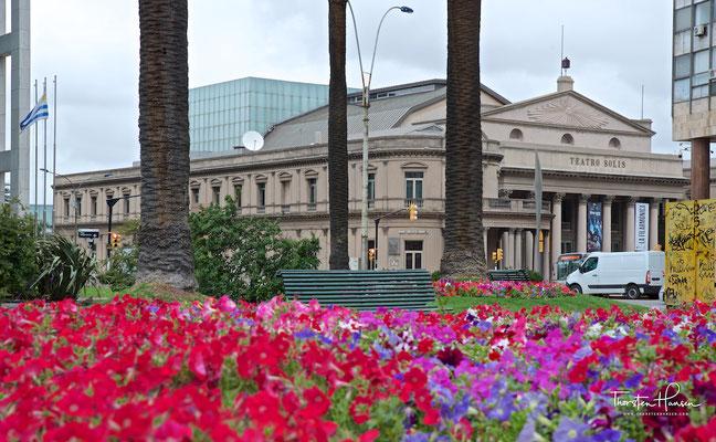 Das Teatro Solís ist die bedeutendste Bühne des Landes und das zweitgrößte Theater Südamerikas.