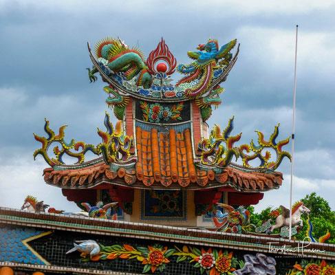 Der Tempel ist nicht nur Glaubenszentrum für die Menschen aus Dali, besonders während des chinesischen Neujahrs, kommen sehr viele, um die Tempelgottheit anzubeten.