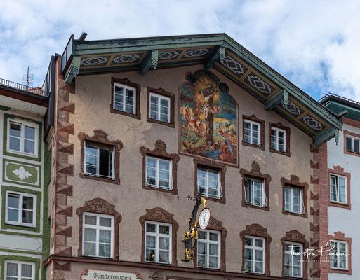 """Der Name """"Tölz"""" wird urkundlich erstmals um 1180 - noch in verschiedenen Schreibweisen - erwähnt."""