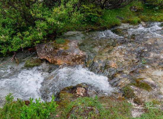 """Einheimische nennen den Ort vor der Kastenalm im Hinterautal daher auch """"bei den Flüssen""""."""