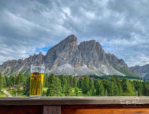 Eine schönere Aussicht, für ein kühles Bier, kann man sich kaum vorstellen.