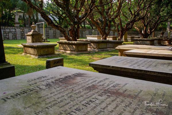 Der Alte Protestantische Friedhof von Macau wurde 1821 durch die britische Ost-Indien-Kompanie gegründet und wird seit 2005 als Weltkulturerbe der UNESCO als Teil der Altstadt von Macau geführt.