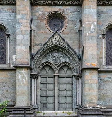 """König Olav III. """"der Ruhige"""" ließ 1070 die Kapelle durch eine steinerne Kirche ersetzen, die 1090 fertiggestellt wurde."""