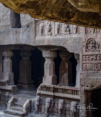 All diese Tempelhöhlen entstanden in den Jahren 600 bis 1100 n.Chr.