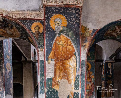 Die durch die Umwandlung in eine Moschee beschädigten Fresken gehören zu den besten Werken der Freskomalerei des 14. Jahrhunderts.