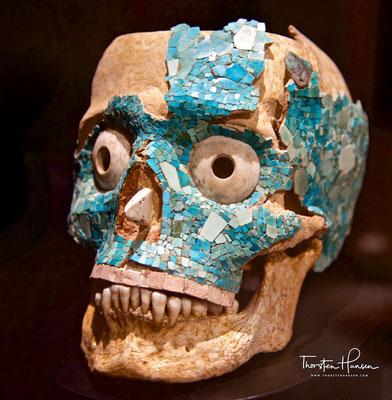 Mixtekische Maske aus dem Monte Albán-Schatzraum