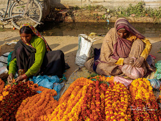 Die Mehrheit der Einwohner Varanasis sind Hindus. Daneben gibt es eine größere muslimische Minderheit.