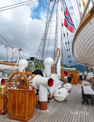 Während des Winters 1997/1998 wurden in der Laksevåg-Werft in Bergen umfangreiche Restaurierungsarbeiten einschließlich modernster und notwendiger Schiffssicherheitmaßnahmen durchgeführt, dies unter Beibehaltung des ursprünglichen Erscheinungsbildes.