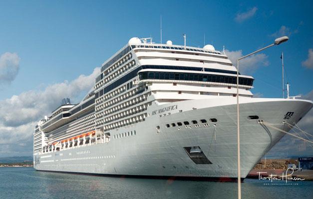 Die erste offizielle Fahrt des Schiffs ging vom 1. bis zum 5. März 2010 von Saint-Nazaire über Cherbourg-Octeville, Dover und Amsterdam nach Hamburg