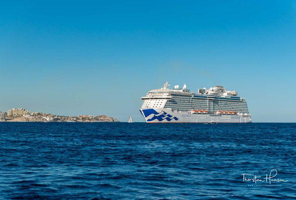 Die Royal Princess ist ein Kreuzfahrtschiff der US-amerikanischen Reederei Princess Cruises. Das Typschiff der Royal-Klasse ist das dritte Schiff, das diesen Namen trägt