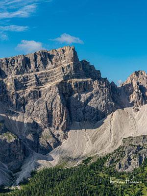 Der Piz Duleda befindet sich in den Südtiroler Dolomiten (Italien) im äußersten Nordwesten der Puezgruppe. Er ist mit einer Höhe von 2909 m der zweithöchste Berg dieser Gebirgsgruppe.