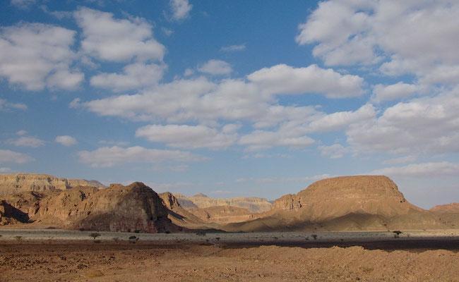 Fahrt durch die Negev Wüste