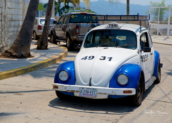 Altes VW Käfer Taxi in Acapulco