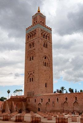 Die Koutoubia-Moschee (arabisch جامع الكتبية, DMG Ǧāmiʿ al-kutubiyya, dt. etwa 'Moschee der Buchhändler') ist die größte Moschee von Marrakesch