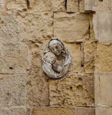 Auch den Johannitern, die sich 1530 auf Malta niederließen, sagte die strategische Lage der Stadt zunächst zu, so dass sie Mdina zu ihrer ersten Residenz erkoren.