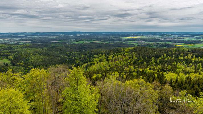 Die umfangreich restaurierte Burgruine aus dem 12. Jahrhundert ist eines der beliebtesten Ausflugsziele im Steinwald.