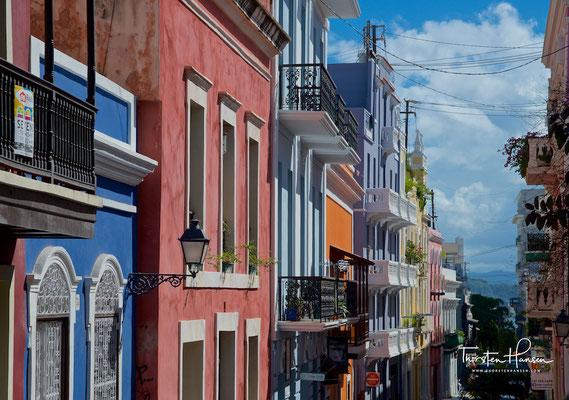 Bunte Häuser in der Altstadt von San Juan