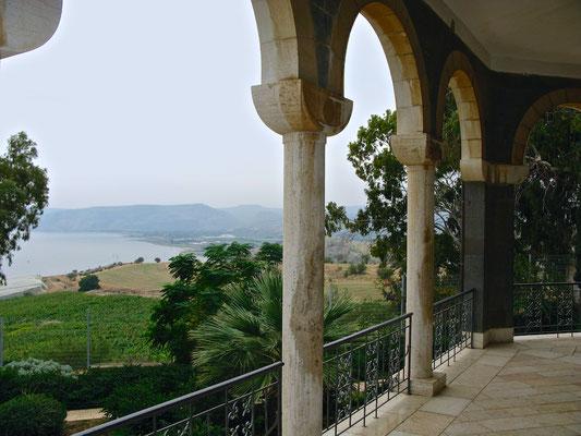 Vom Berg der Seligpreisungen hat man einen fantastischen Ausblick über den See Genezareth
