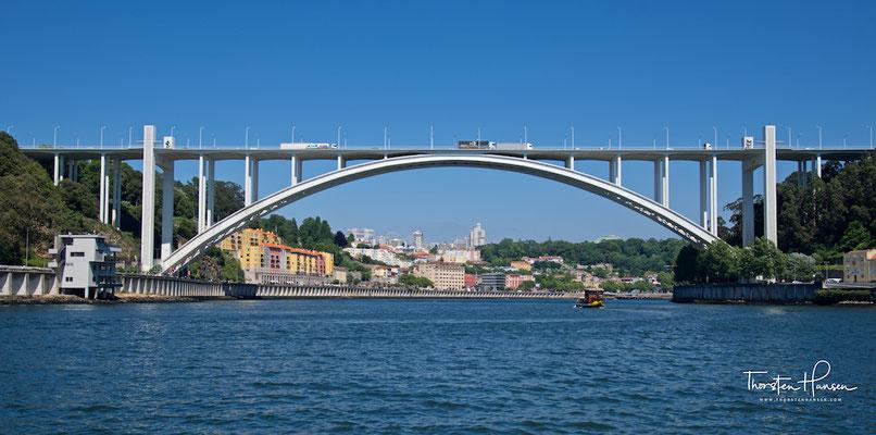 Ponte de São João in Porto