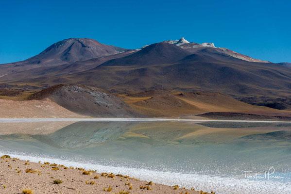 Der Salar ist die Senke eines 633 km² großen, abflusslosen Wassereinzugsgebiets.