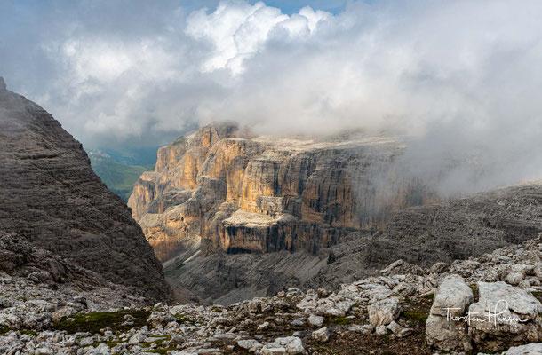 Spektakulärer Blick  ins tief eingeschnittene Valon del Fos.