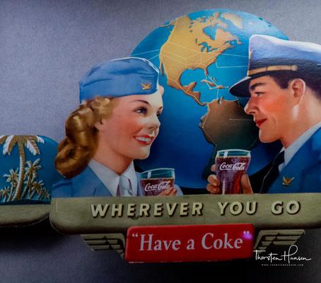 1990er Nach dem Fall der Berliner Mauer wird Coca‑Cola zum ersten Mal in Ostdeutschland verkauft.