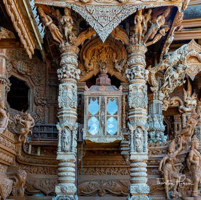 Fahrstuhl im Tempelbereich
