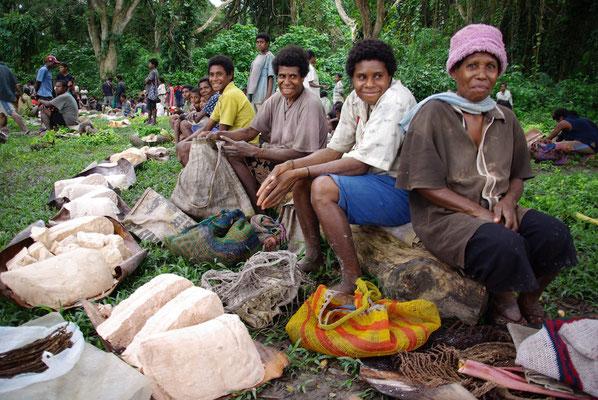 Markt im Dorf Korogo
