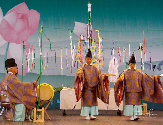 Die Stile Bukcheong Saja Noreum, Bongsan Talchum, Gangnyeong Talchum und Eunyul Talchum sind hier in erster Linie in unveränderter Form zu nennen