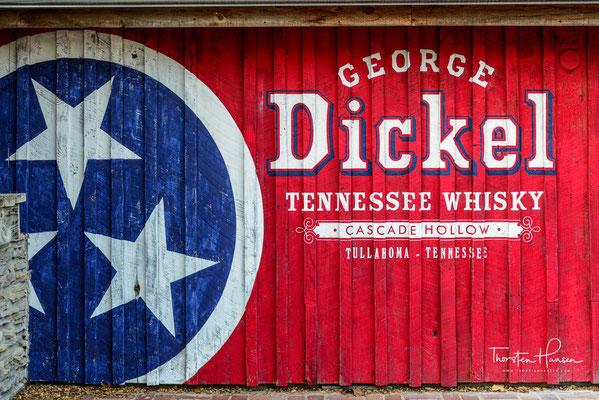 der in dem Ort Cascade Hollow (in der Nähe von Tullahoma), Tennessee, USA, hergestellt wird.