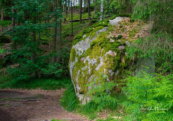 Der hier geschützte und etwa 6 Kilometer lange Talabschnitt ist wegen der Felsblockmeere im Gewässer,