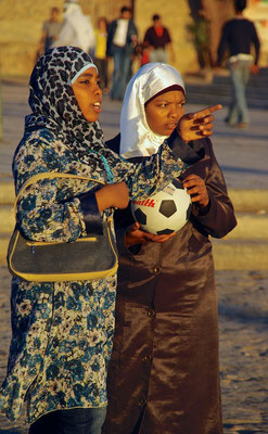 Fussballerinen in Aqaba