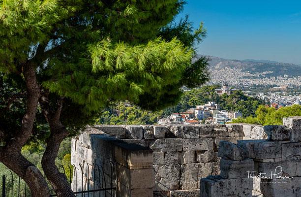 Auch hat die Ursprungslegende des Marathonlaufes ihren Höhepunkt auf dem Areopag: Nachdem die Athener bei der Schlacht bei Marathon über die Perser gesiegt hatten, soll ein Bote von Marathon nach Athen gelaufen und nach der Verkündung des Sieges auf dem G