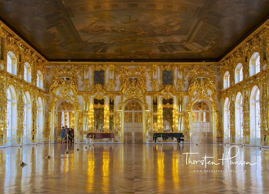 Der Große Ballsaal im Peterhof